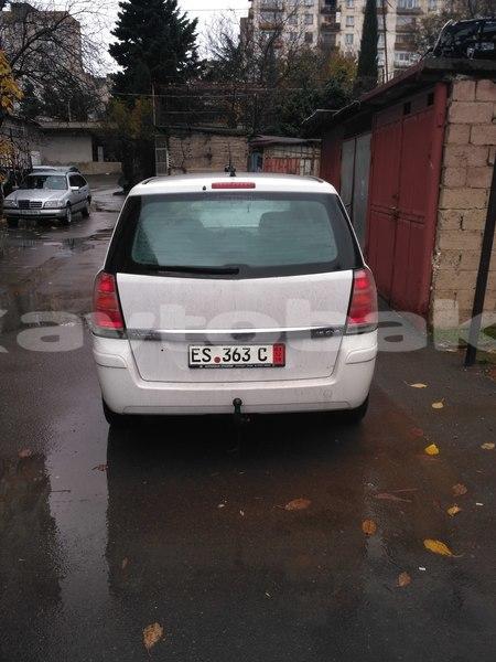 Buy Used Opel Zafira White Car In Qax In Saki Avtobaku