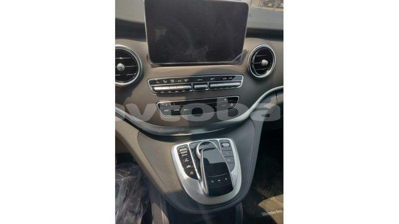 Big with watermark mercedes benz 250 abseron import dubai 1706