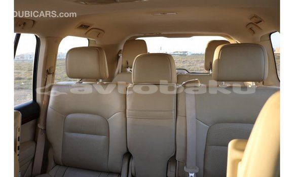 Buy Import Toyota IST White Car in Import - Dubai in Abseron