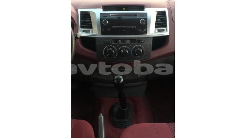 Big with watermark toyota hilux abseron import dubai 3340